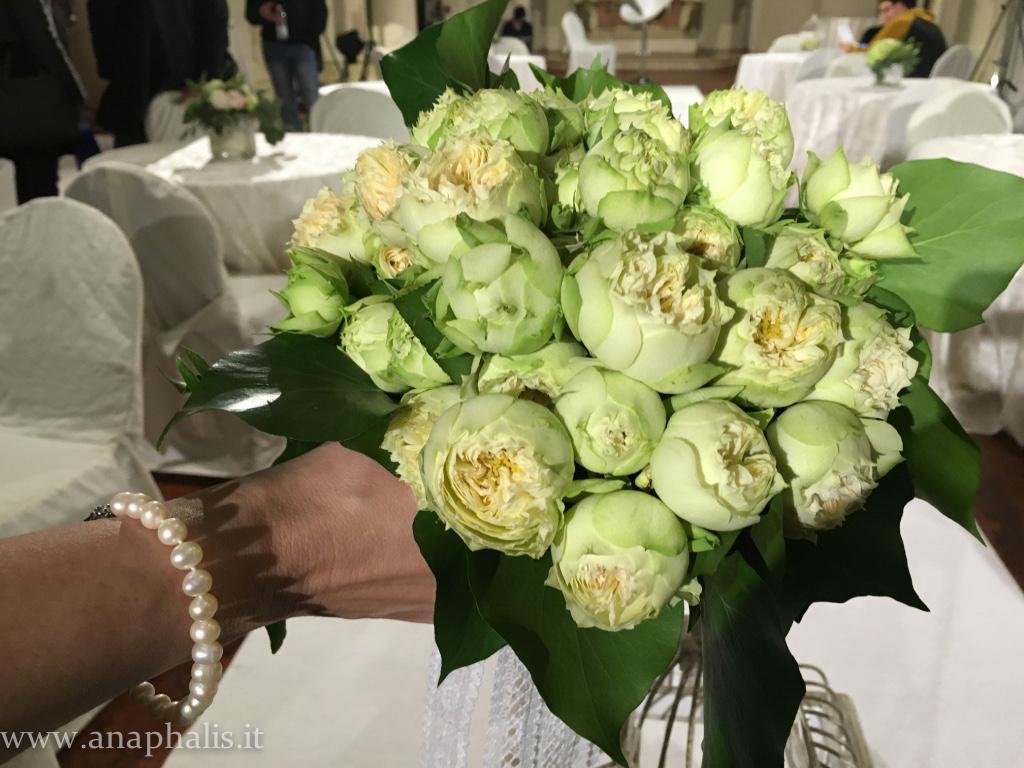 bouquet_roseblanchette_anaphalis