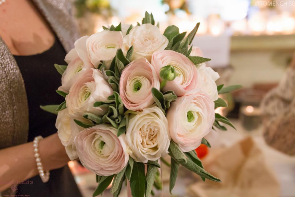 bouquet sposa ranuncoli