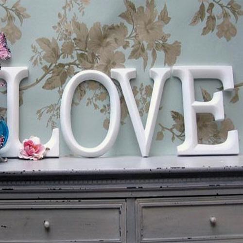 scritta love anaphalis