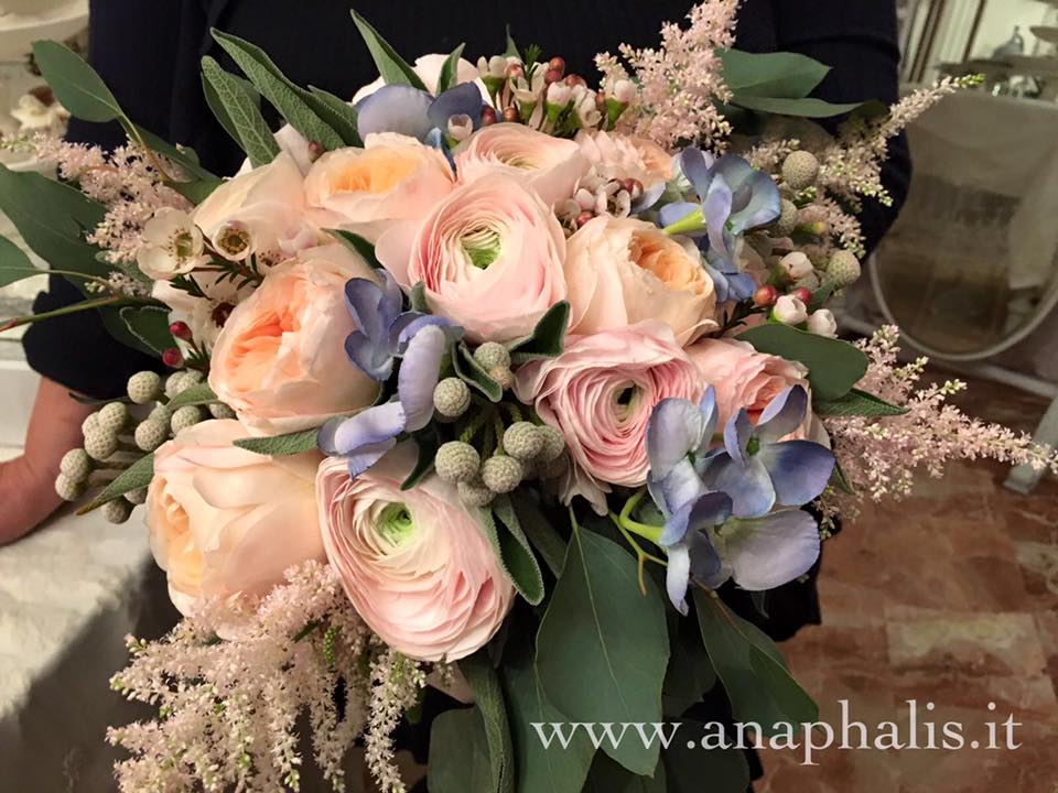 Bouquet Sposa Rosa Quarzo.Blog Di Anaphalis Fioreria Anaphalis Cento Wedding Planner