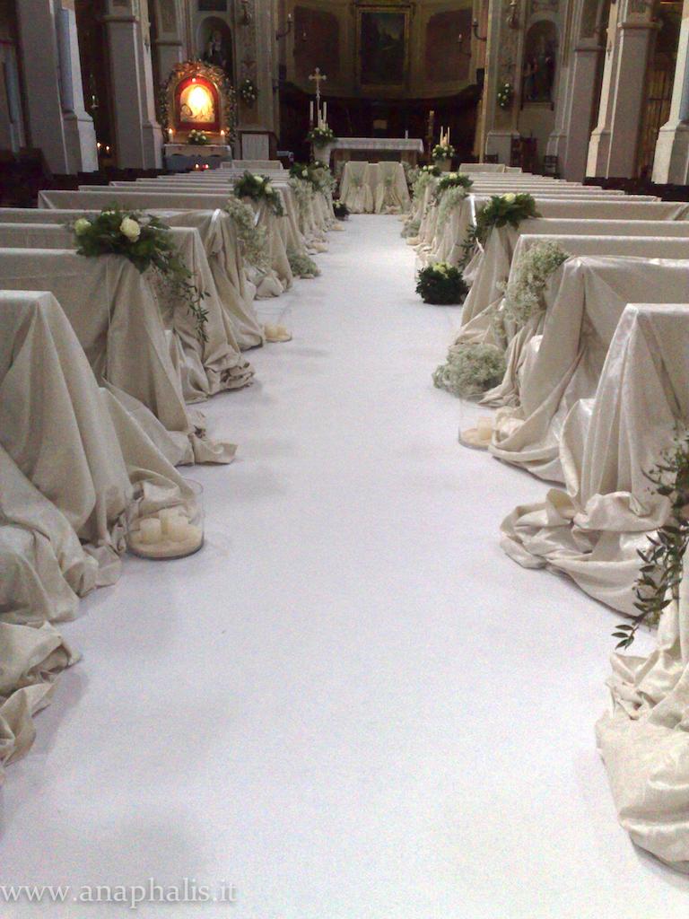 chiesa_moquette_teli_candele_anaphalis