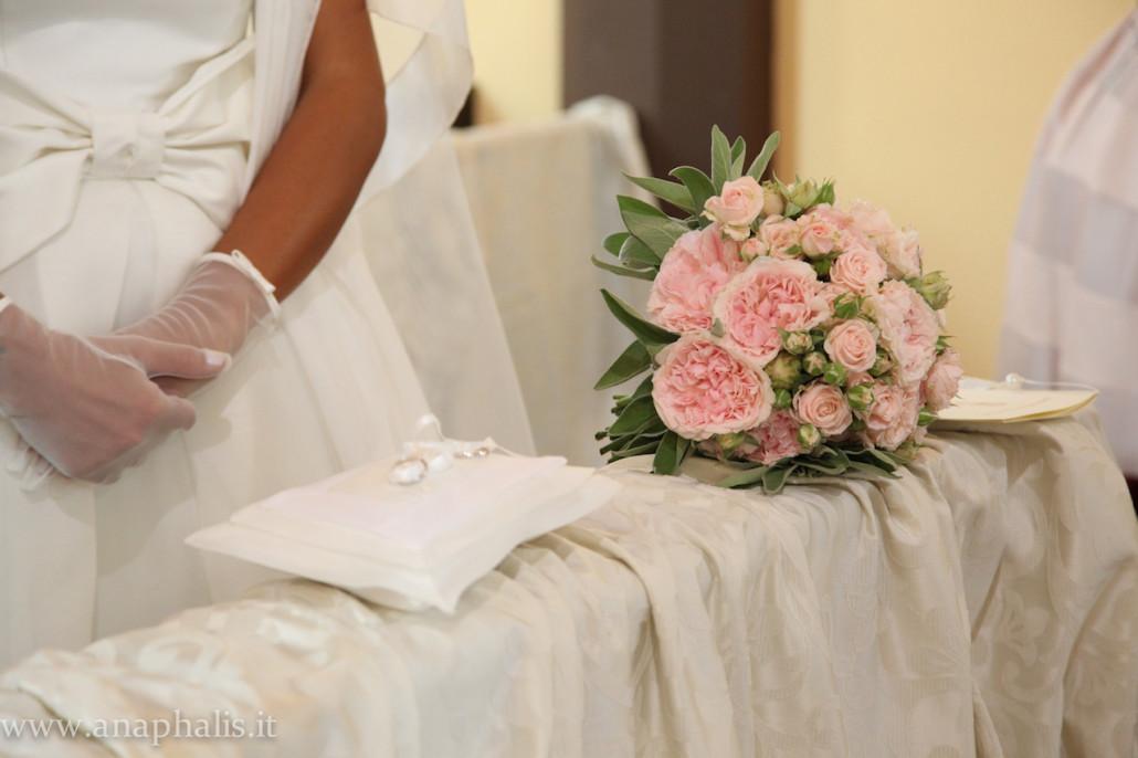Matrimonio In Tema Shabby Chic : Matrimonio shabby chic tema perle