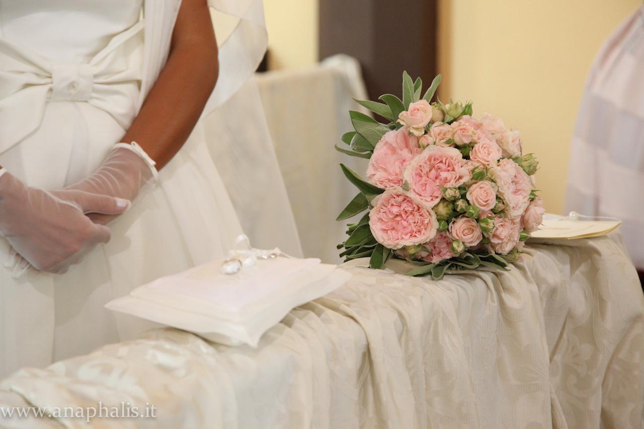 Tema Matrimonio Wedding Planner : Matrimonio shabby chic tema perle
