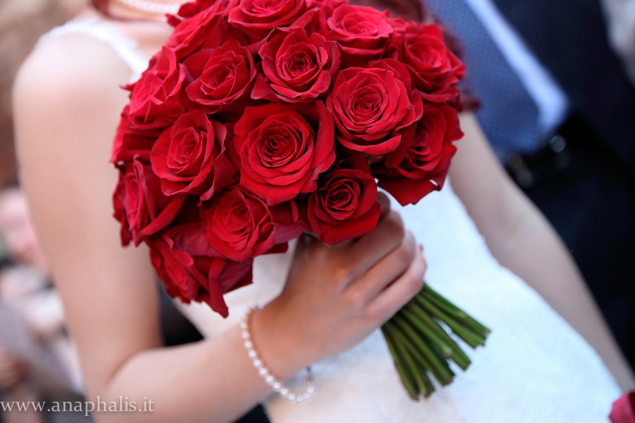 Tema Matrimonio In Rosso : Matrimonio in giardino fioreria anaphalis cento wedding