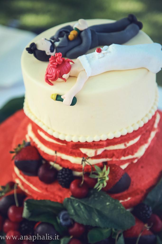 Matrimonio Tema Rosso E Bianco : Matrimonio bianco e rosso con tante ciliegie mele rosse
